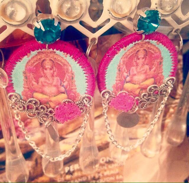 Boucles d'oreille hindoues